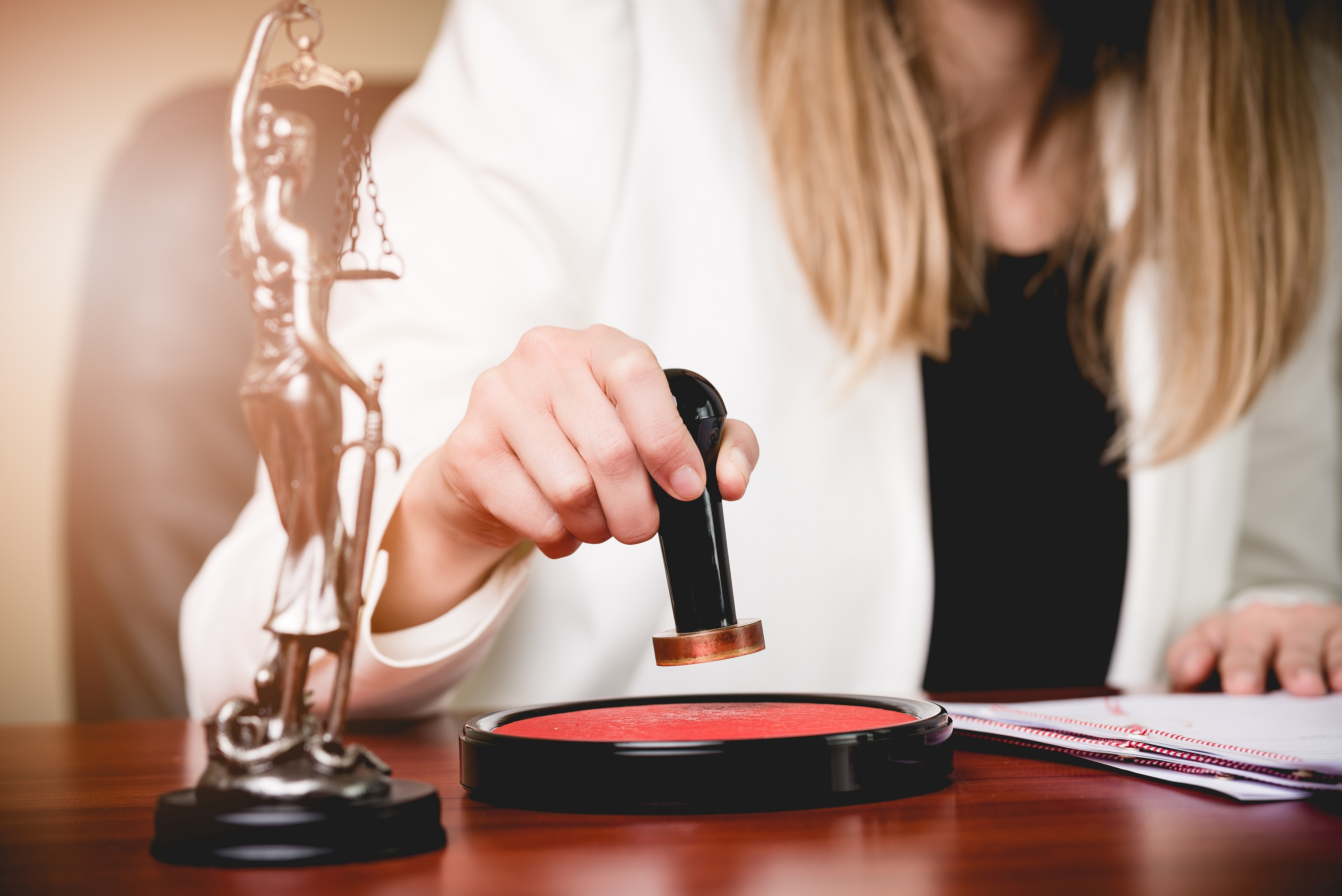 How To Become A Notary In Califonia